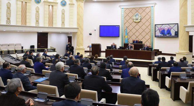 Н. Назарбаев кадрлардағы өзгерістерге түсініктеме берді