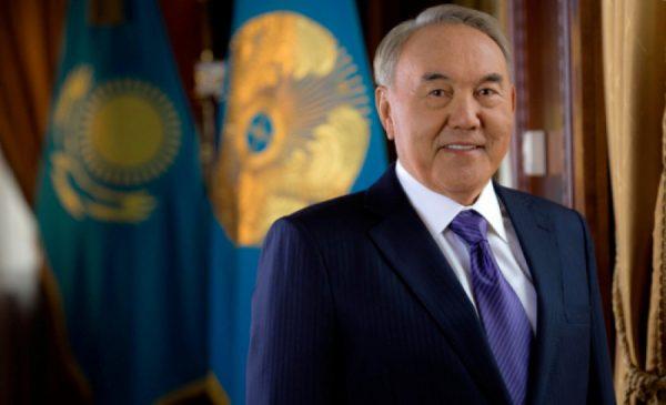 Мемлекет басшысы АҚШ қа ресми іс — сапармен барды                                                                                                                            Глава государства прибыл с официальным визитом в США