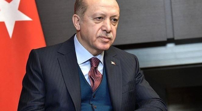 Эрдоган обвиняет США в попытке «экономического убийства» своей страны